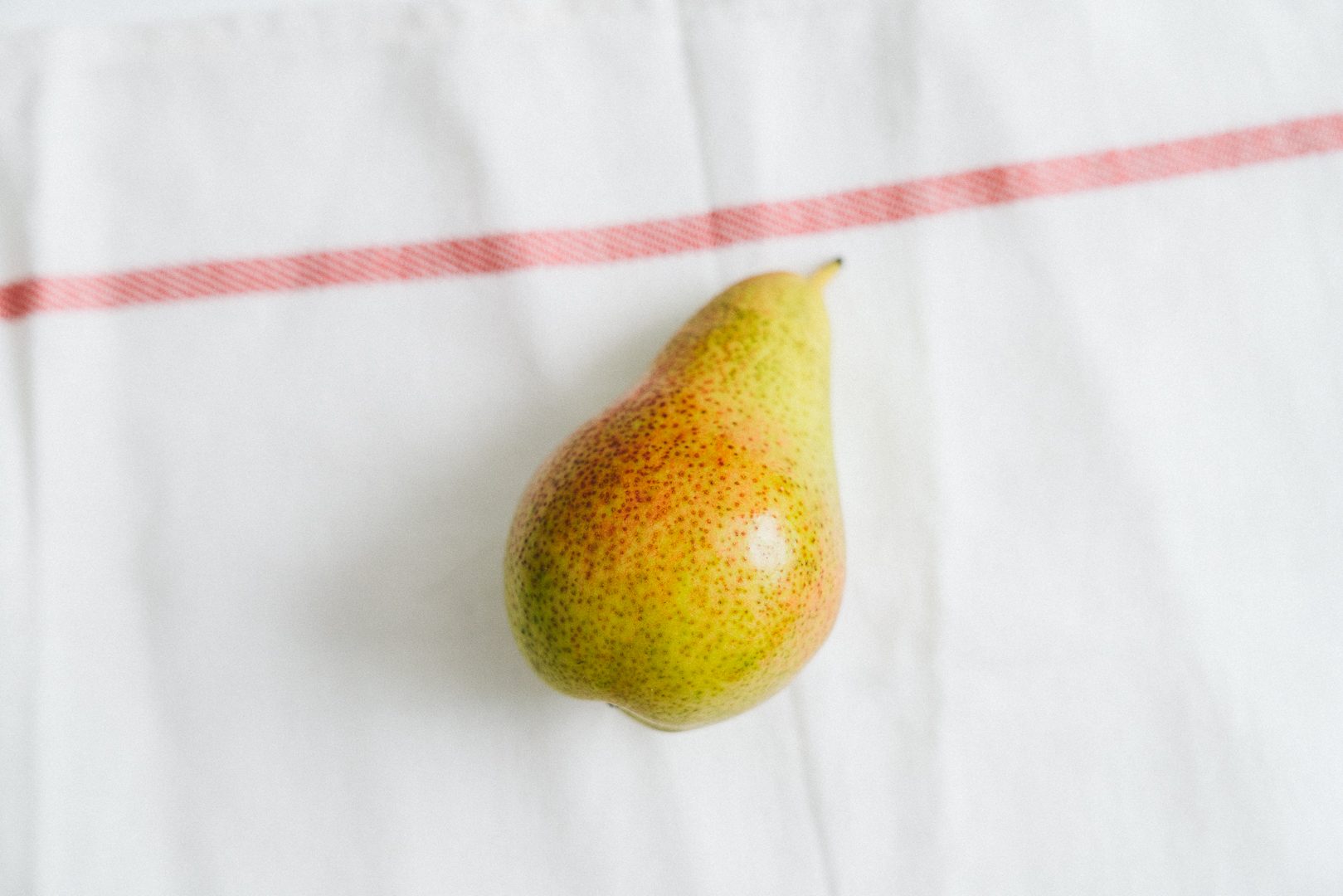 Pear Honeycomb Winter Salad