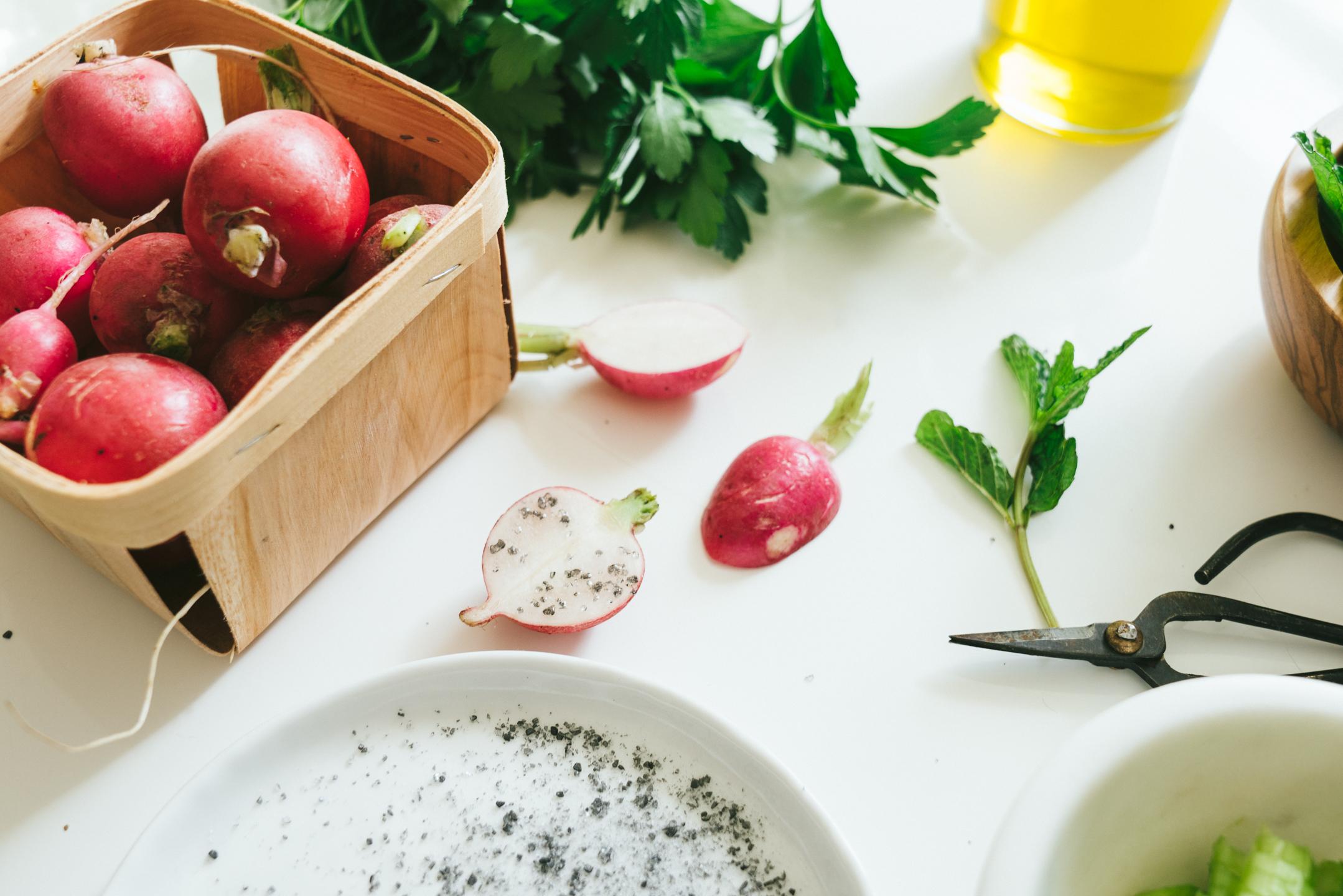 radish rye burrata salad
