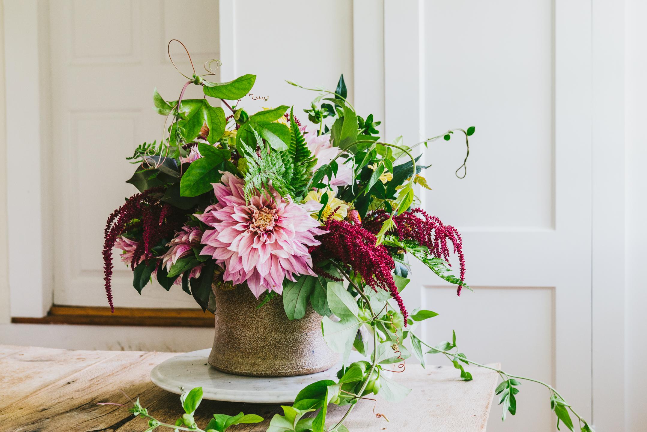 edible flowers, herb nasturtium white pizza
