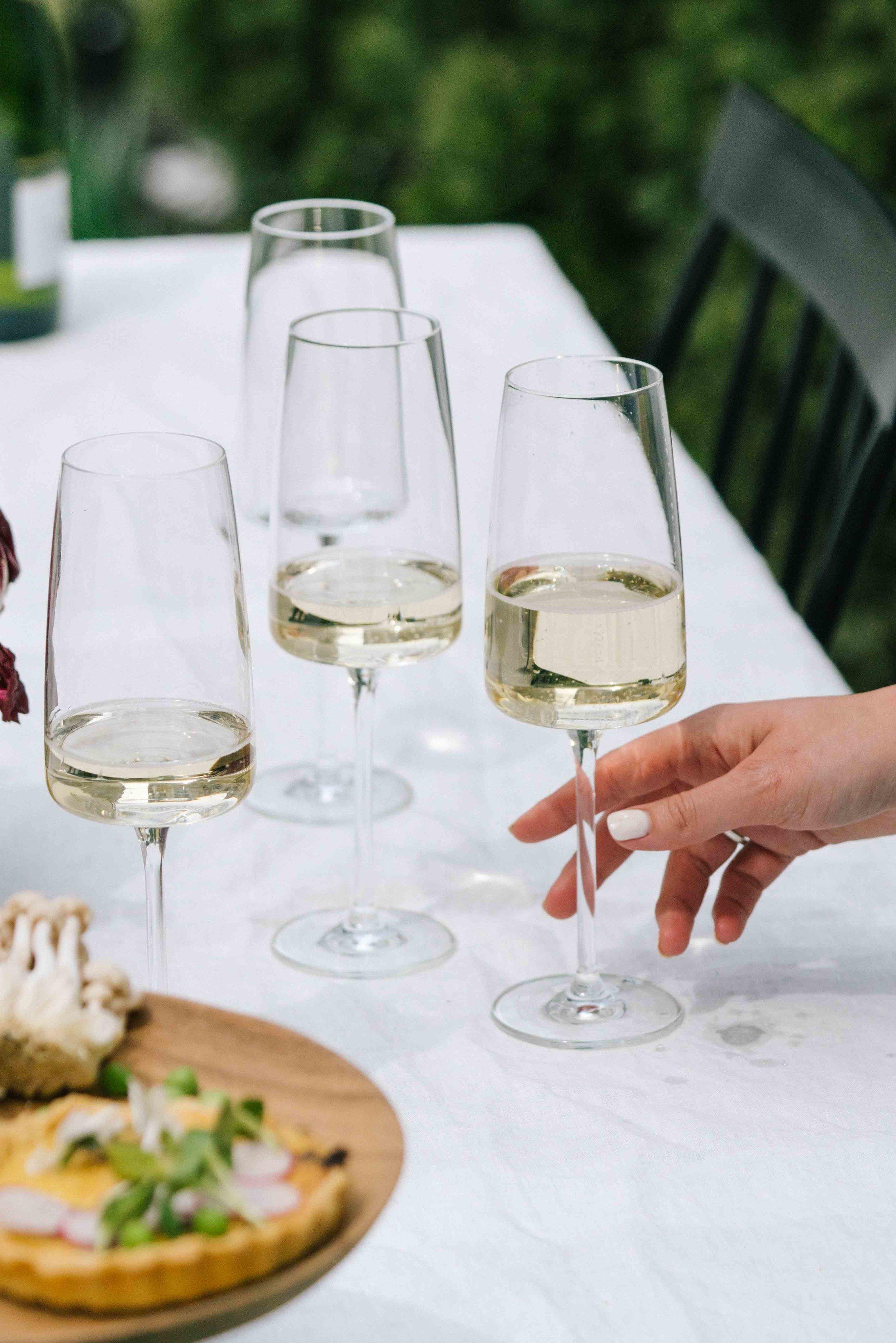 simple elegant champagne flutes