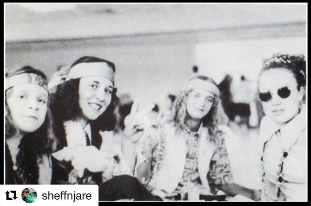 #Repost @sheffnjare with @get_repost ・・・ Hippie day at good ol' Sugar-Salem Digger High School...or just really groovy friends? ✌🏻❤️