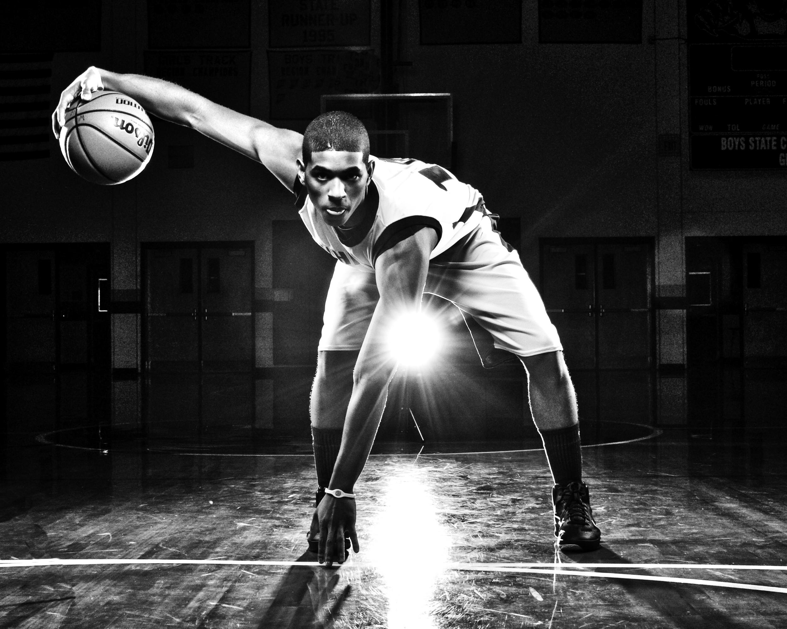 cb_playerspotlight_0111_kksimmons_basketball4.jpg