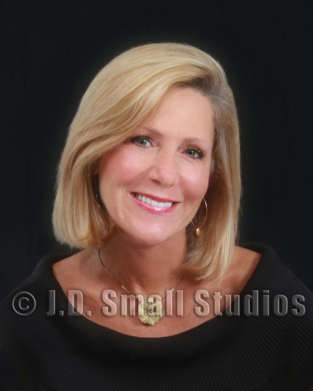 Dr Susan Maples, DDS