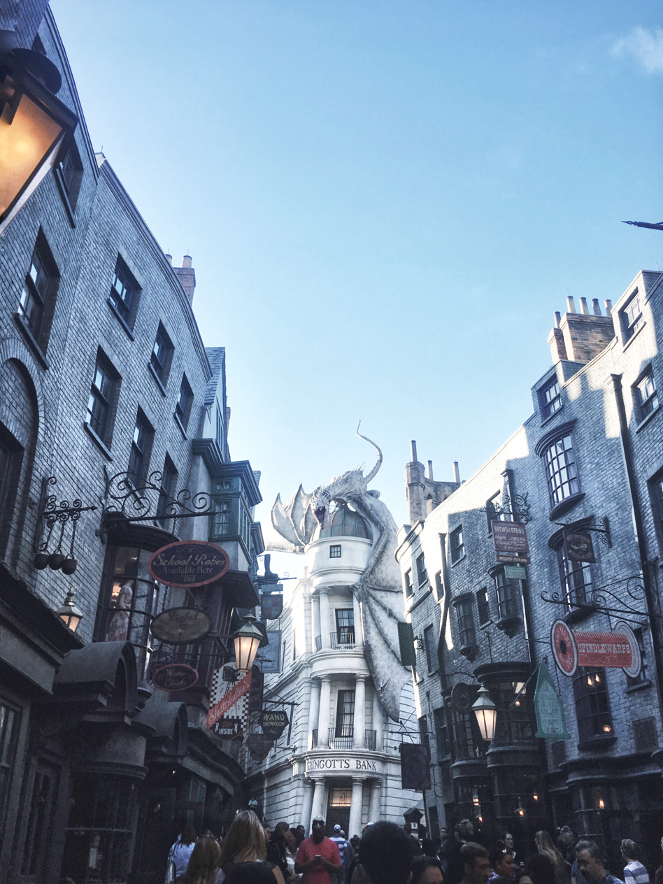 Diagon Alley! The Wizarding World of Harry Potter, Universal Studios <3