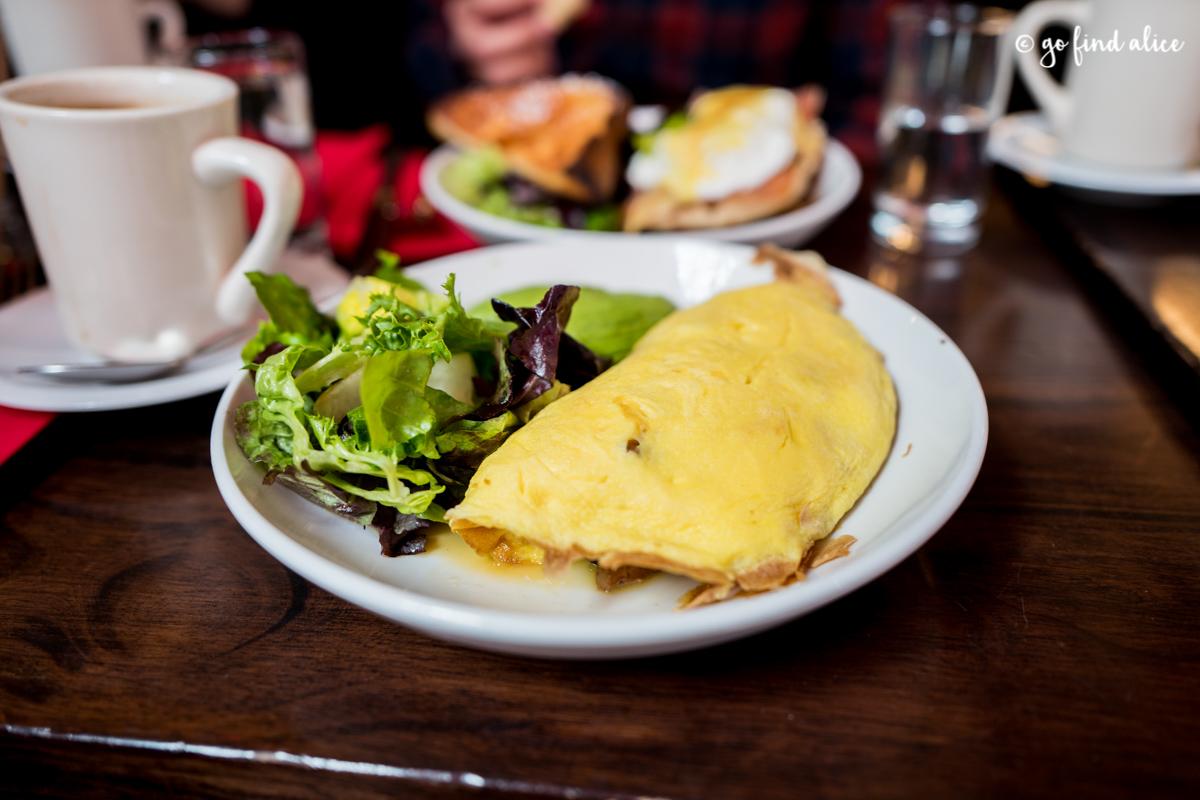 Omelette Parisienne / $13