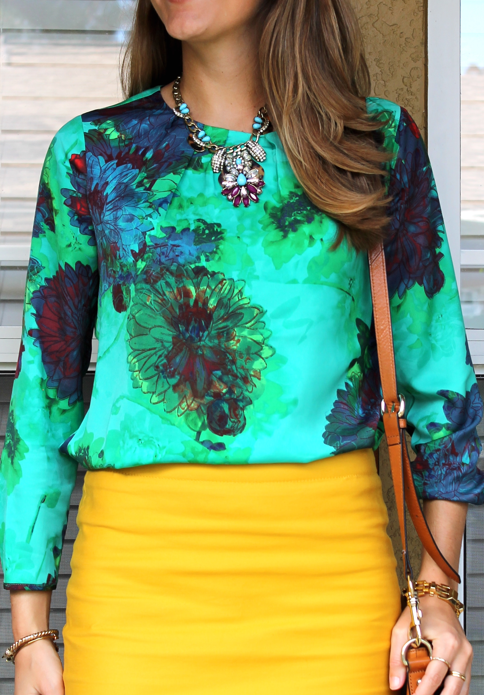 green-and-yellow-outfit.png