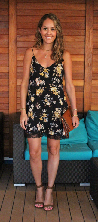 Carnival cruise dinner outfit