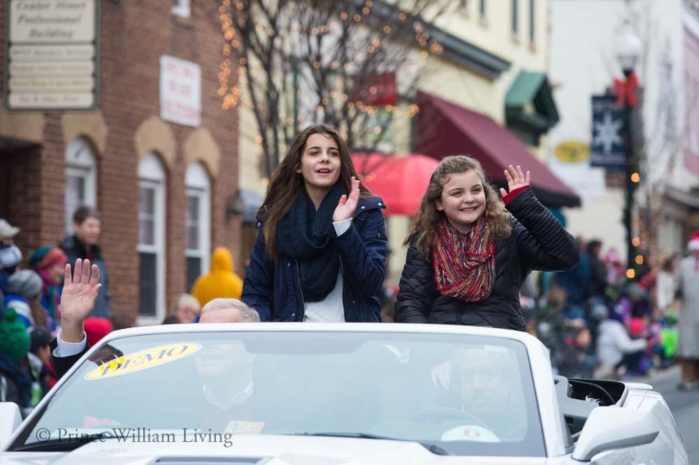 PWLiving Christmas Parade  ManChristParade_RJinks (53).jpg
