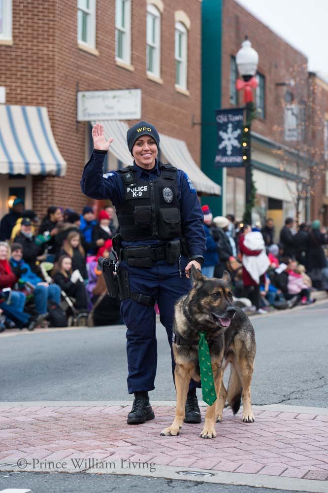 PWLiving Christmas Parade  ManChristParade_RJinks (66).jpg
