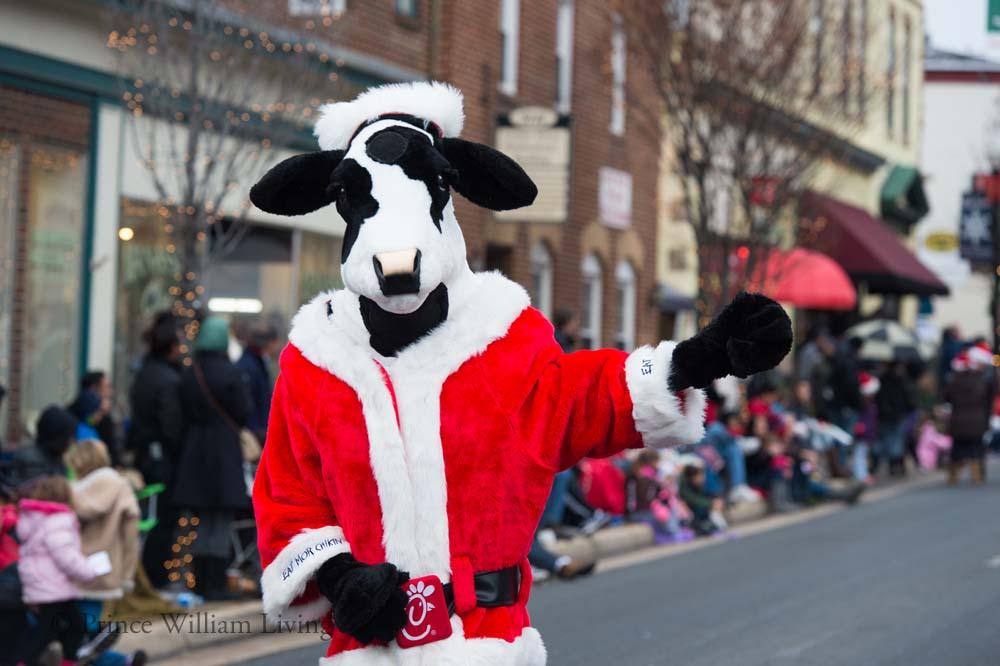 PWLiving Christmas Parade  ManChristParade_RJinks (92).jpg
