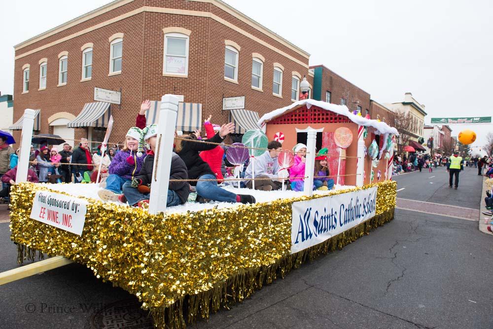 PWLiving Christmas Parade  ManChristParade_RJinks (334).jpg