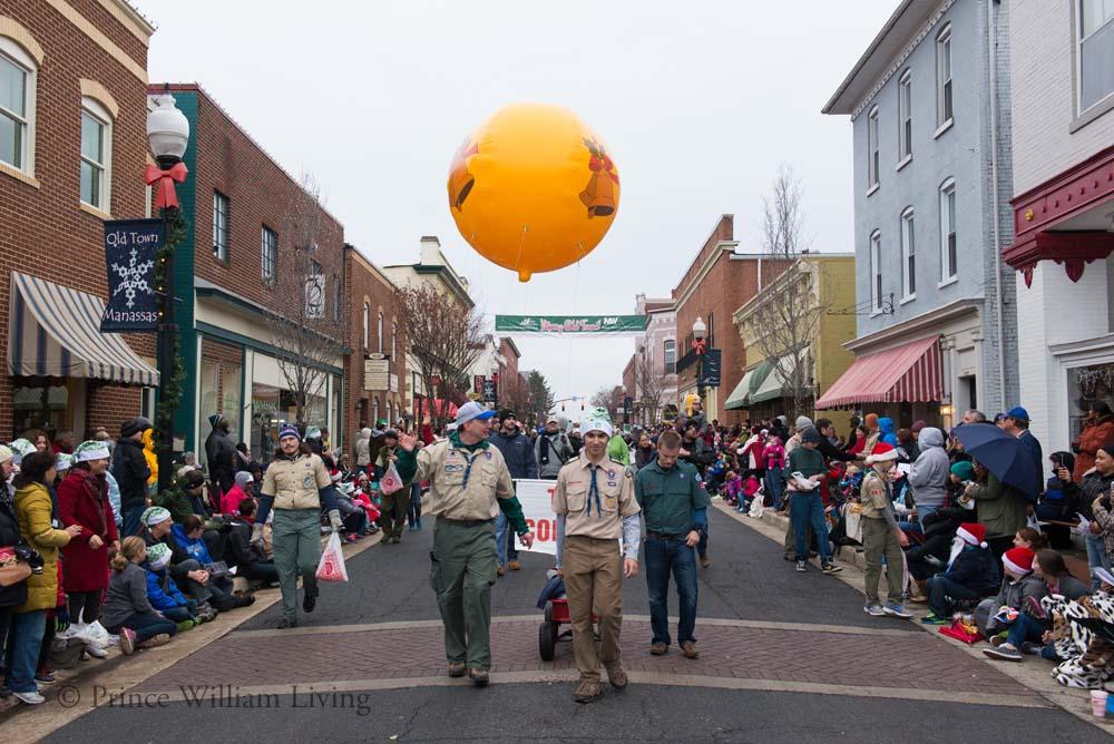 PWLiving Christmas Parade  ManChristParade_RJinks (336).jpg