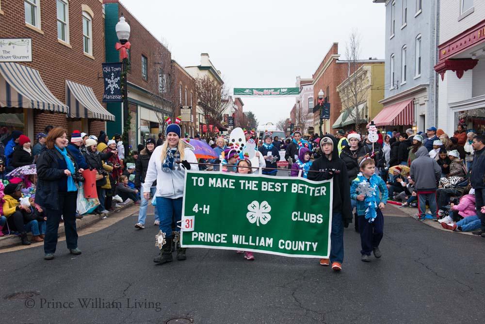 PWLiving Christmas Parade  ManChristParade_RJinks (377).jpg