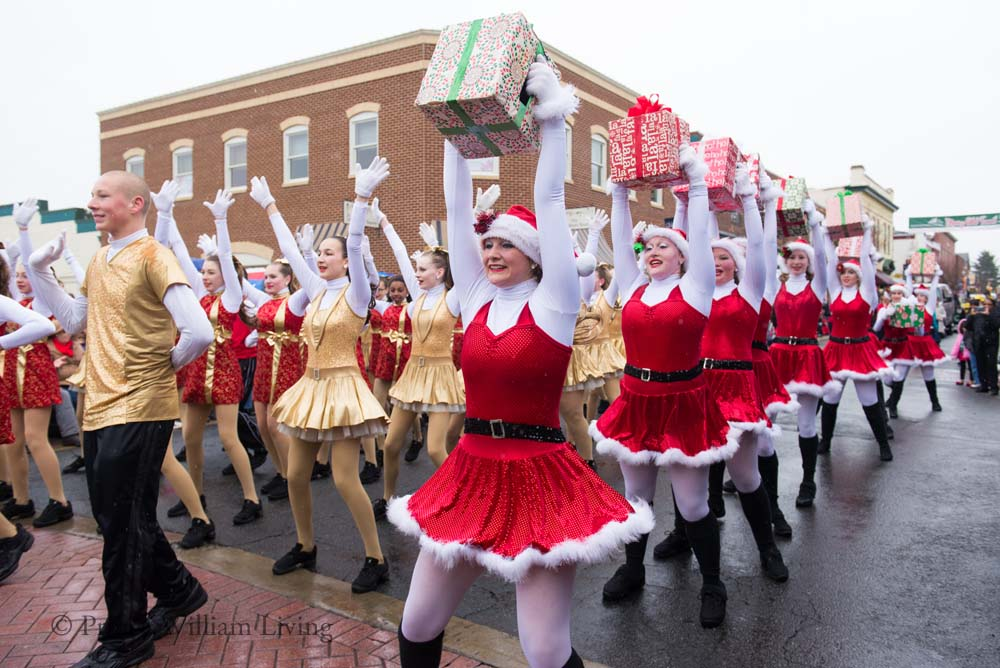PWLiving Christmas Parade  ManChristParade_RJinks (409).jpg