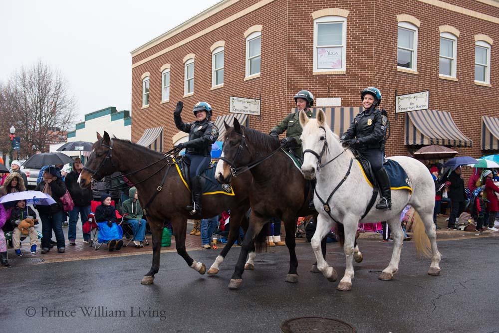 PWLiving Christmas Parade  ManChristParade_RJinks (416).jpg
