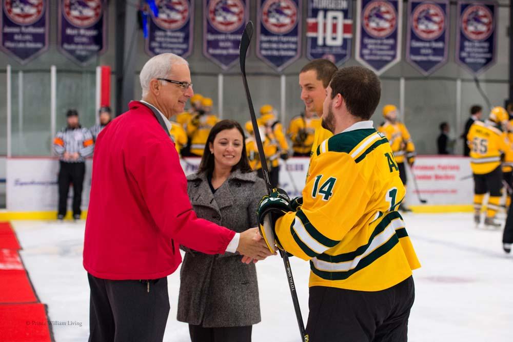 PWLiving GMU VCU HockeyGMU_VA_hockey_RJinks (3).jpg
