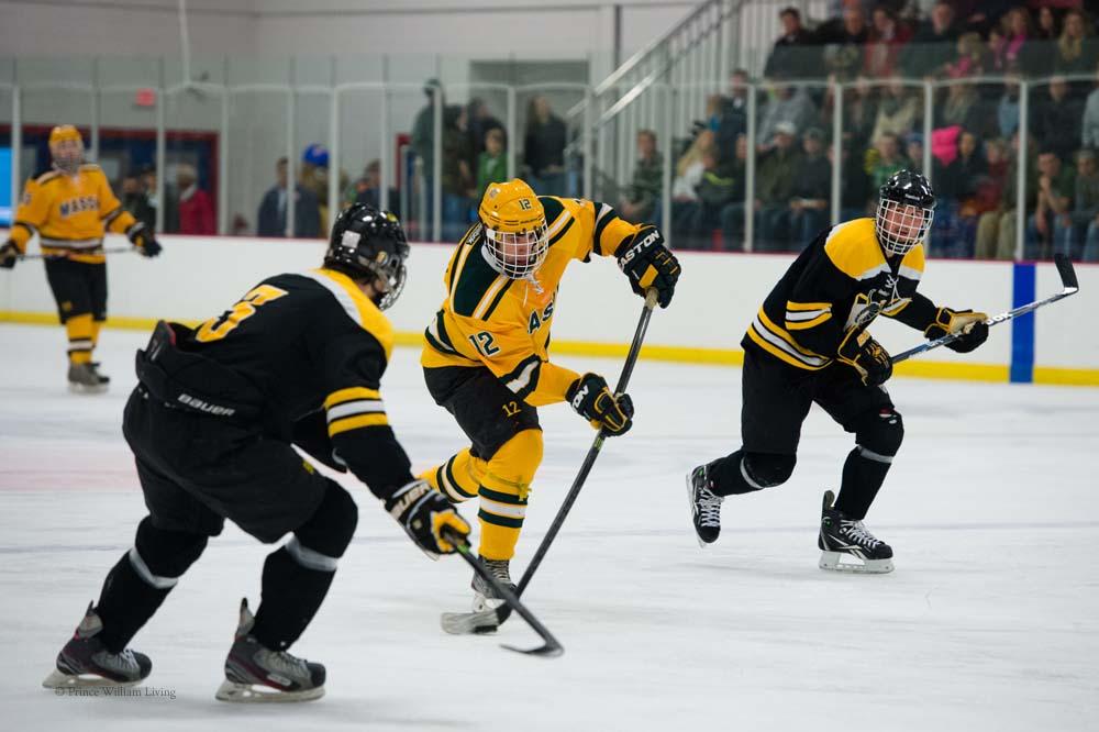 PWLiving GMU VCU HockeyGMU_VA_hockey_RJinks (6).jpg