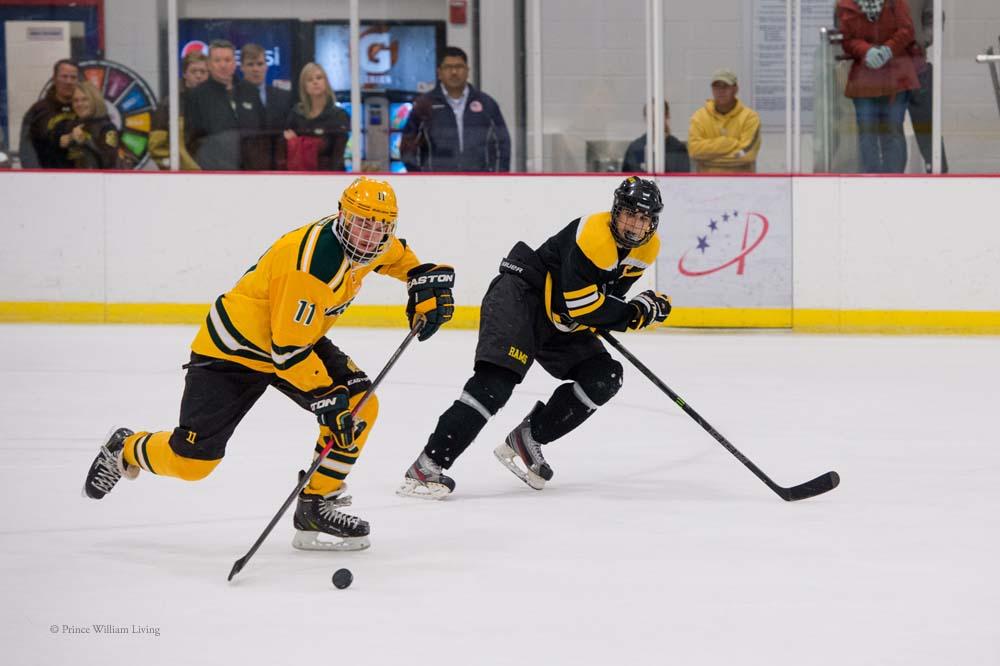 PWLiving GMU VCU HockeyGMU_VA_hockey_RJinks (11).jpg