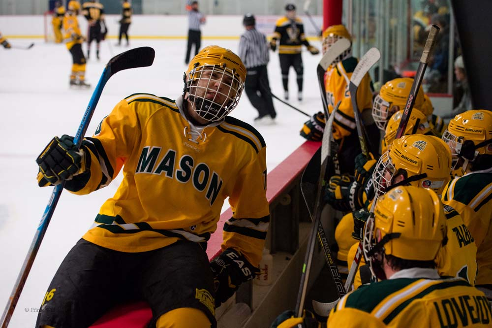 PWLiving GMU VCU HockeyGMU_VA_hockey_RJinks (12).jpg