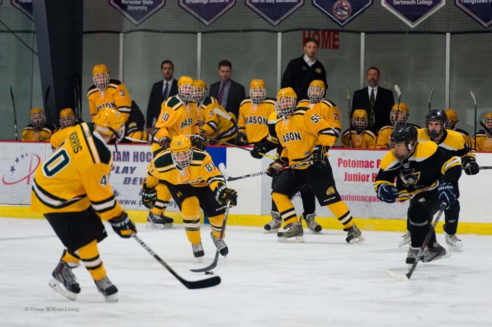 PWLiving GMU VCU HockeyGMU_VA_hockey_RJinks (20).jpg