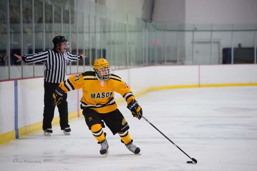 PWLiving GMU VCU HockeyGMU_VA_hockey_RJinks (21).jpg