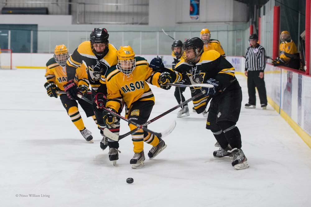 PWLiving GMU VCU HockeyGMU_VA_hockey_RJinks (26).jpg