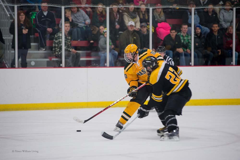 PWLiving GMU VCU HockeyGMU_VA_hockey_RJinks (28).jpg