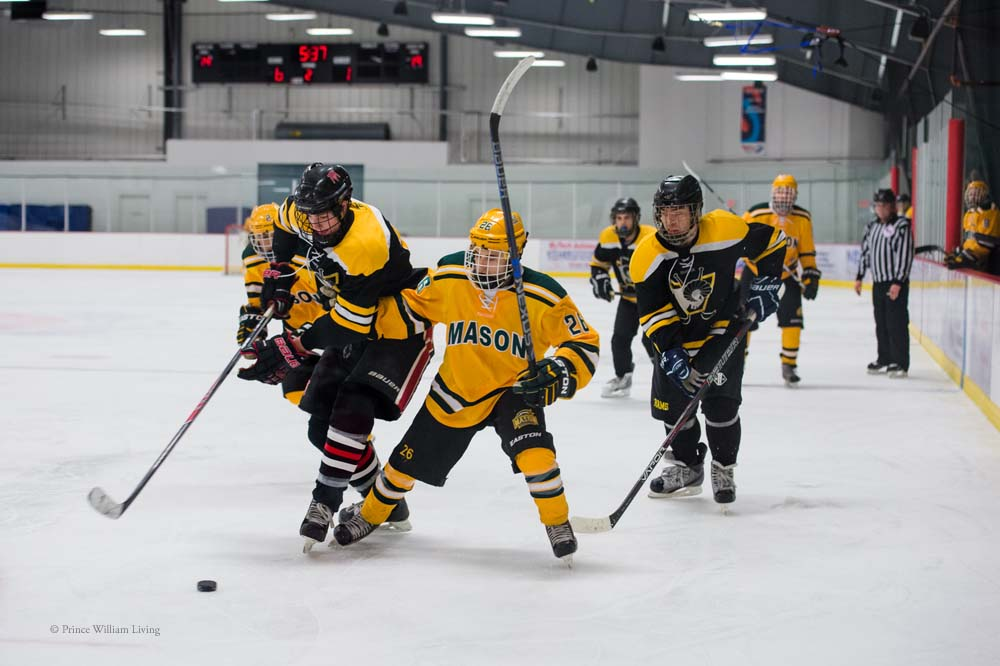 PWLiving GMU VCU HockeyGMU_VA_hockey_RJinks (27).jpg