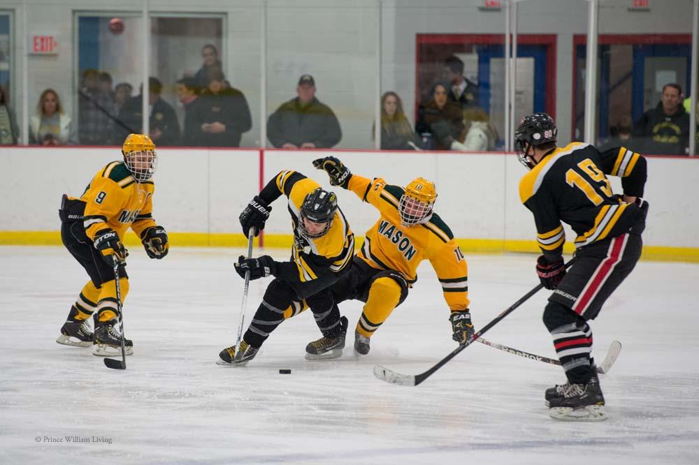 PWLiving GMU VCU HockeyGMU_VA_hockey_RJinks (32).jpg