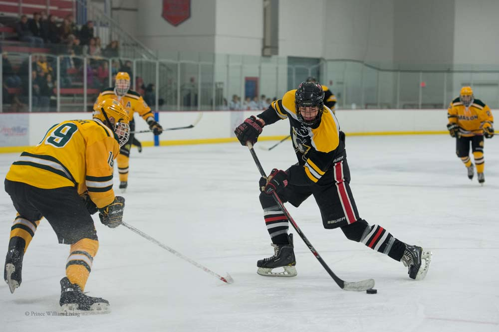 PWLiving GMU VCU HockeyGMU_VA_hockey_RJinks (35).jpg