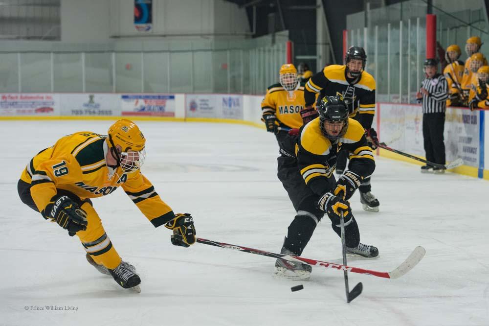 PWLiving GMU VCU HockeyGMU_VA_hockey_RJinks (36).jpg