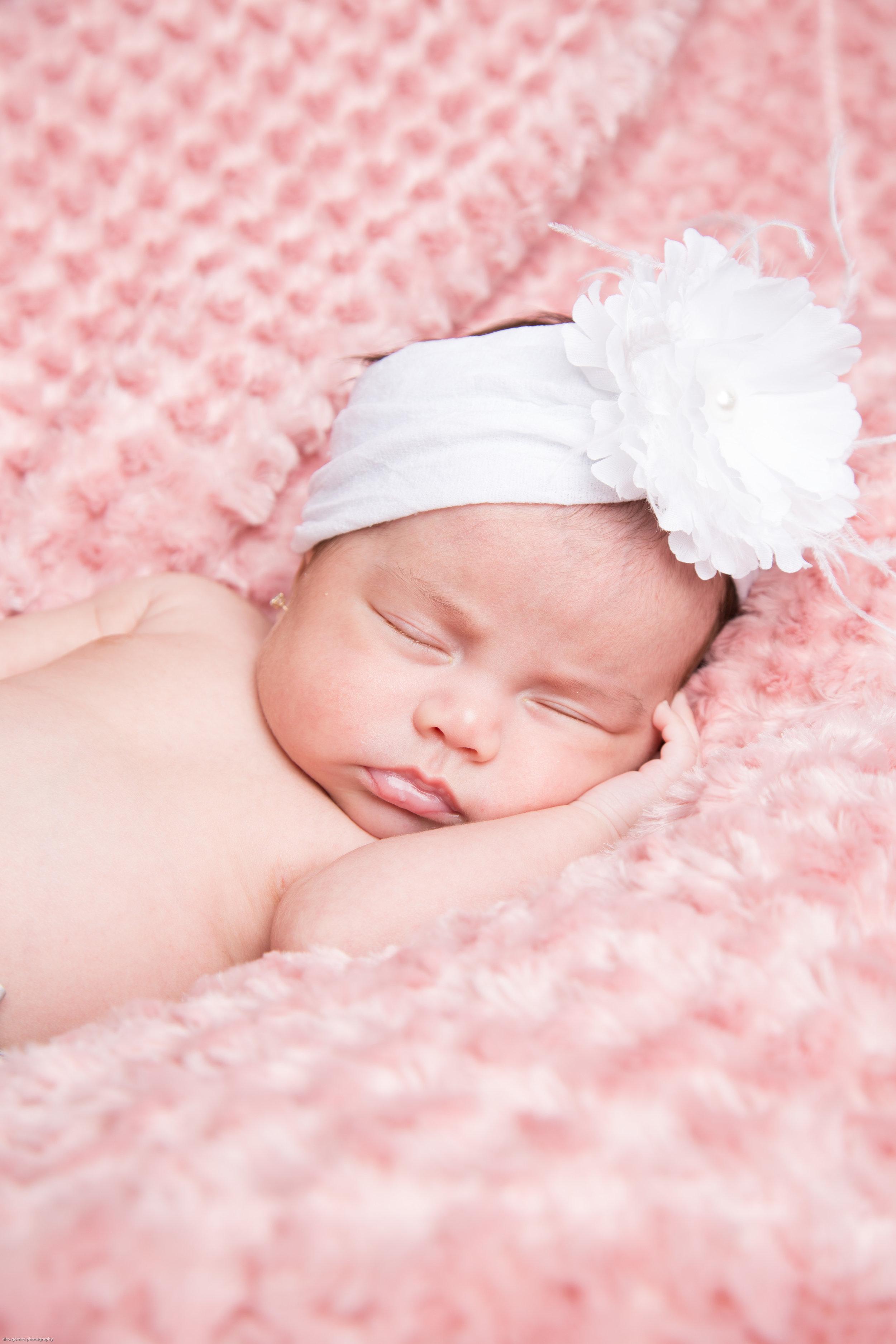 150309_jessica_newborn-31.jpg