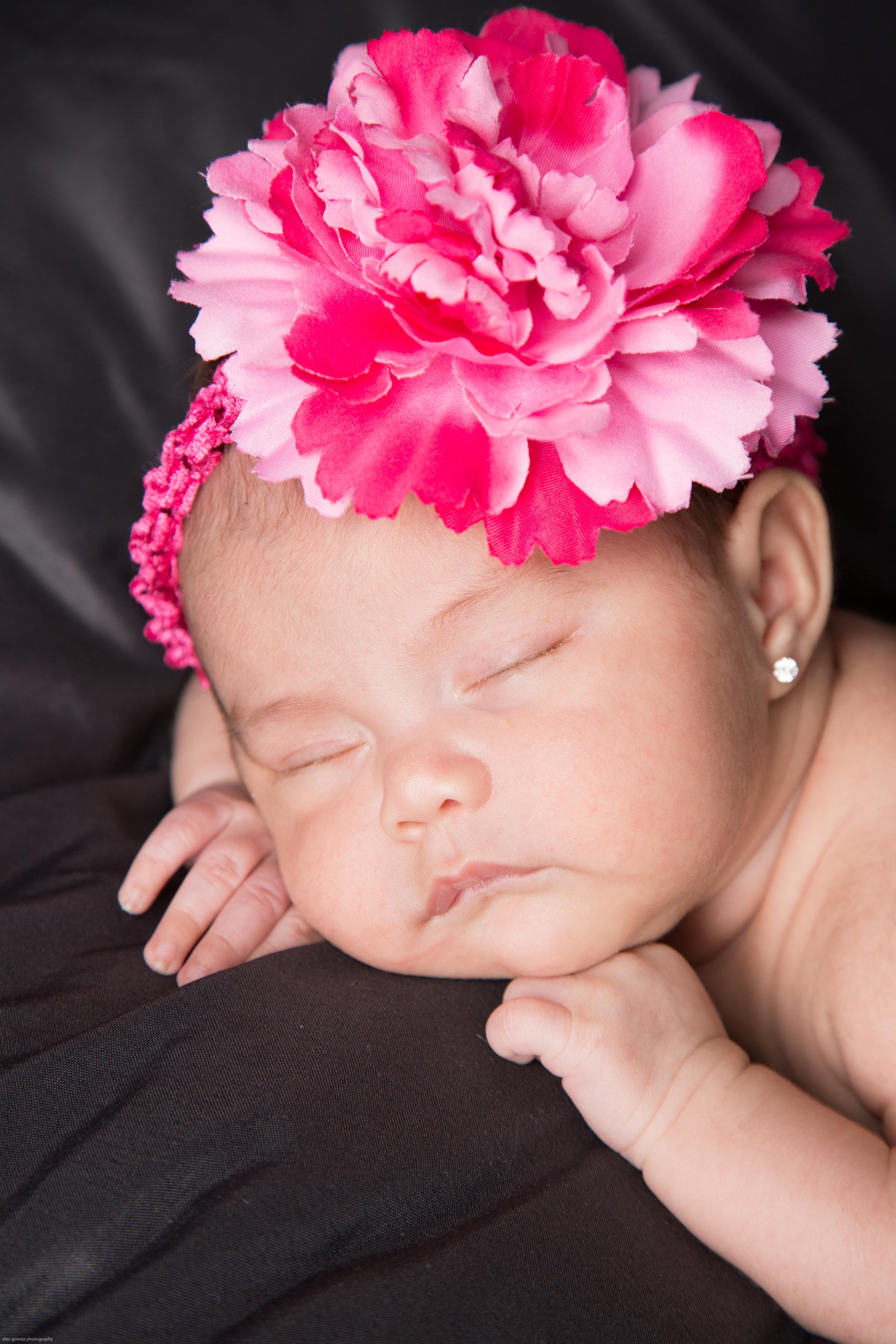 150309_jessica_newborn-76.jpg