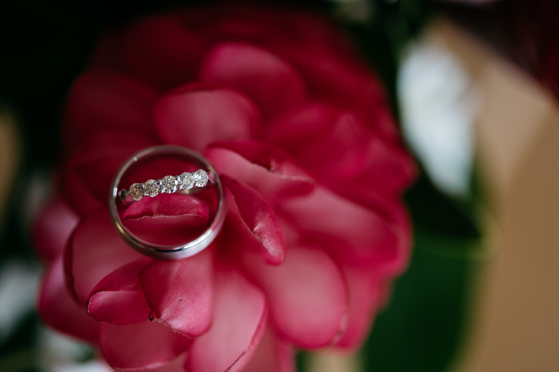 1_Bridal Prep - Alexis + James - Makai Creative-20.jpg