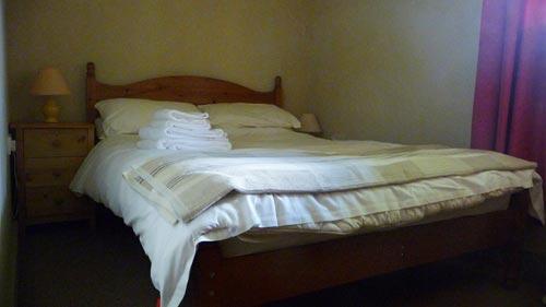 Double-Bedroom-2-500.jpg