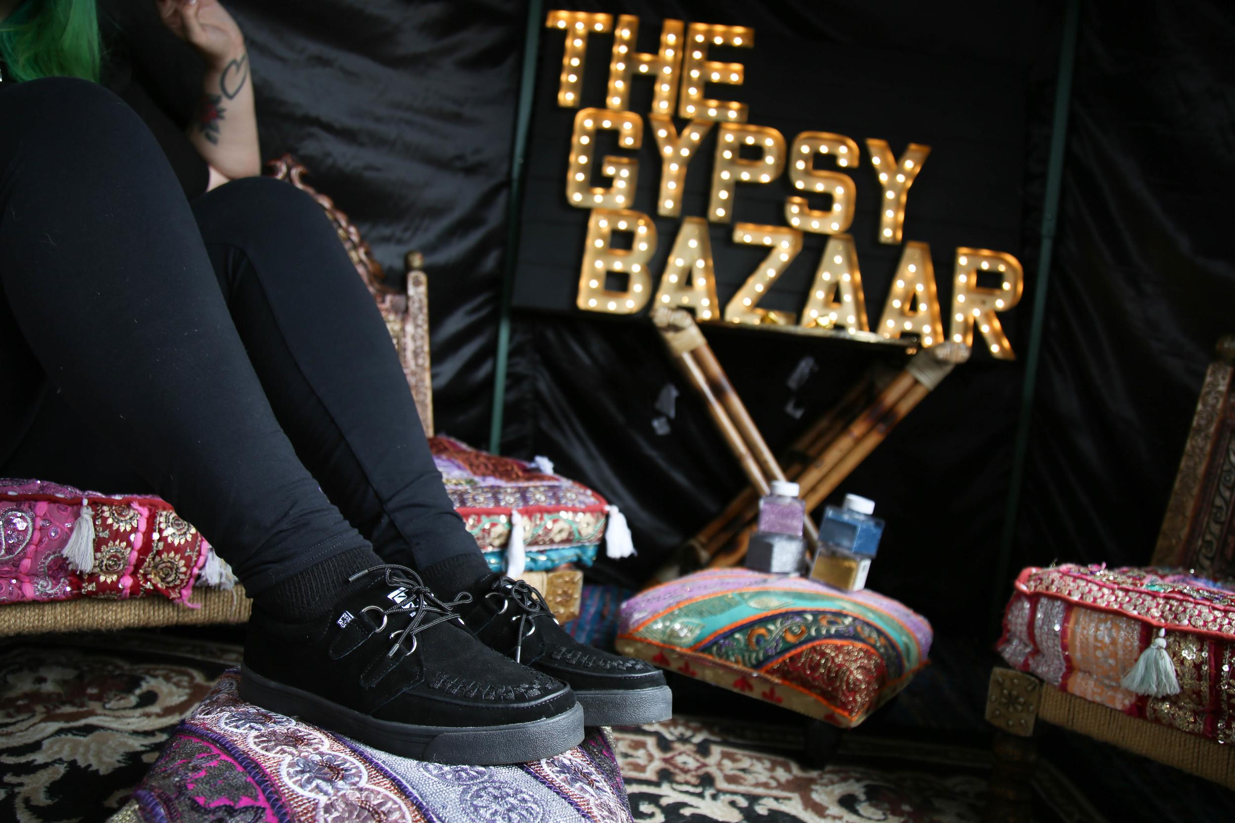 T.U.K. Creeper Sneaker Suede Black