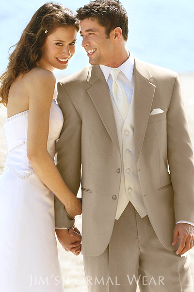 stephen-geoffrey-alfresco-wedding-suit.jpg