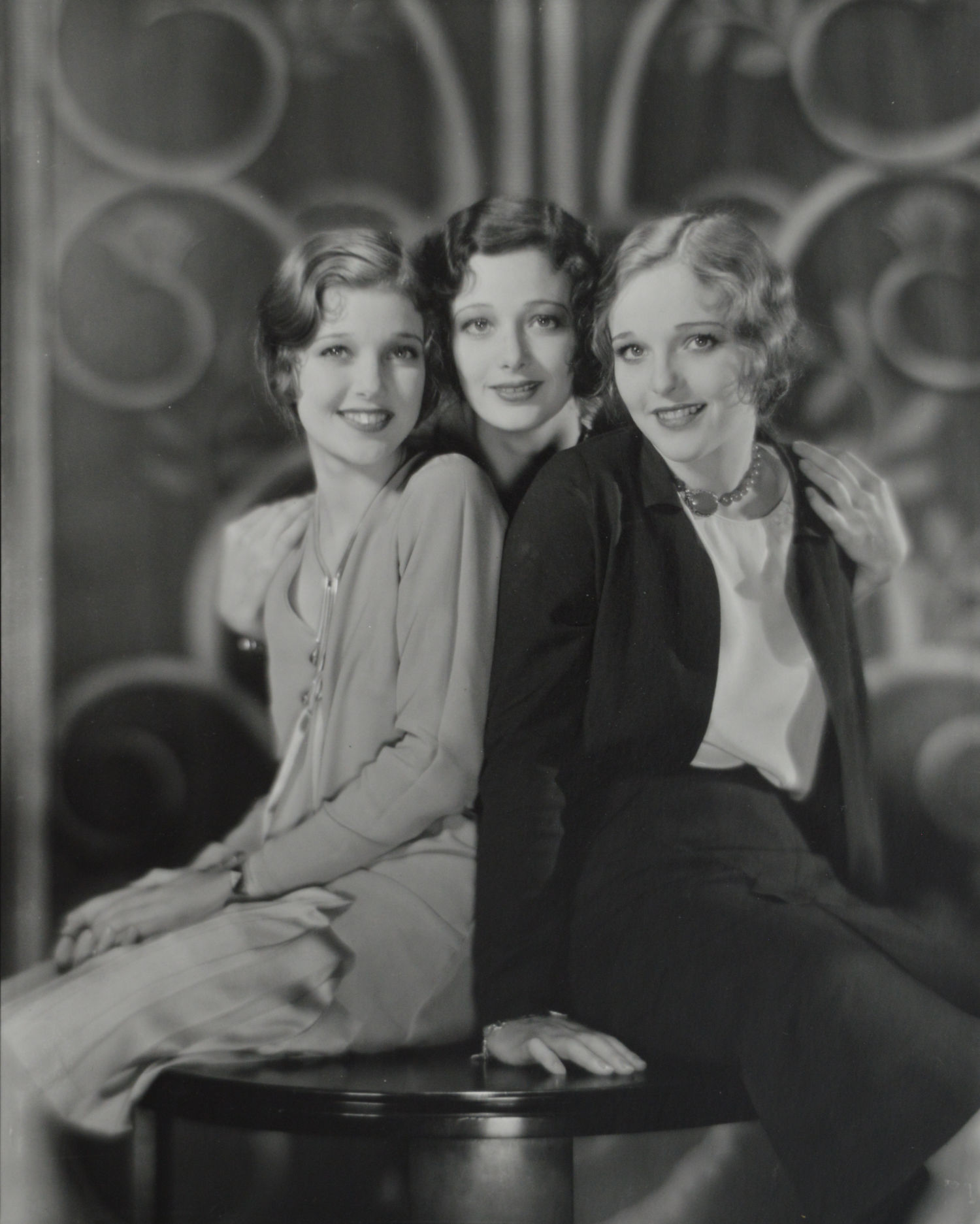 Muray - Loretta Young & Sisters.jpg