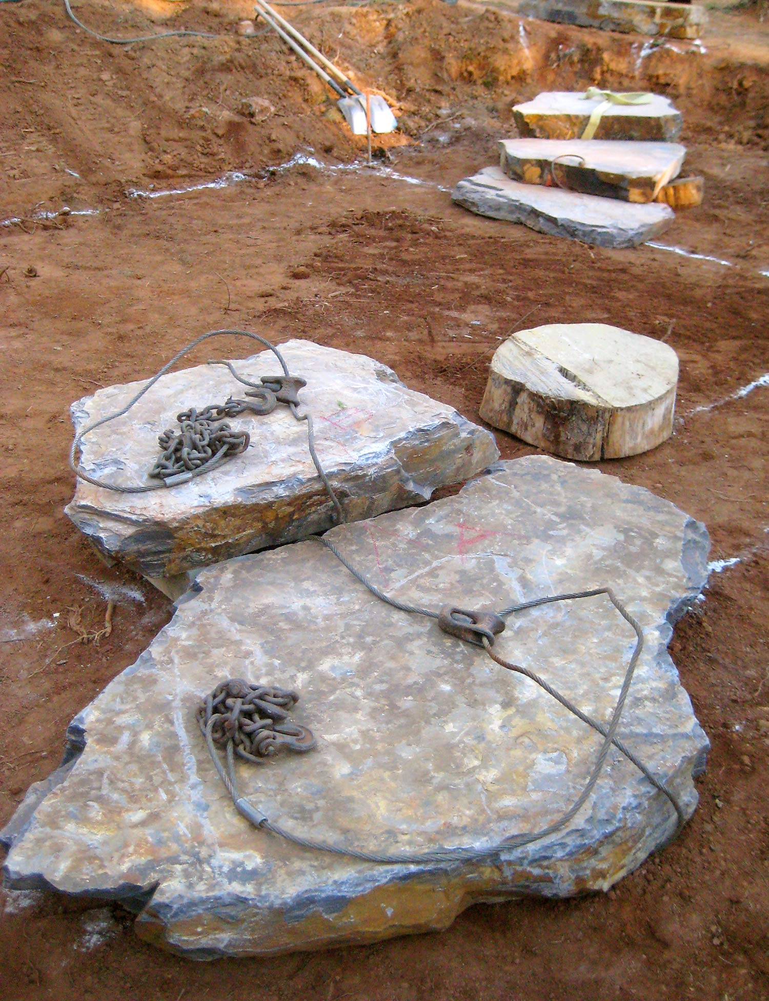 Natural stone slabs as elements of a new patio
