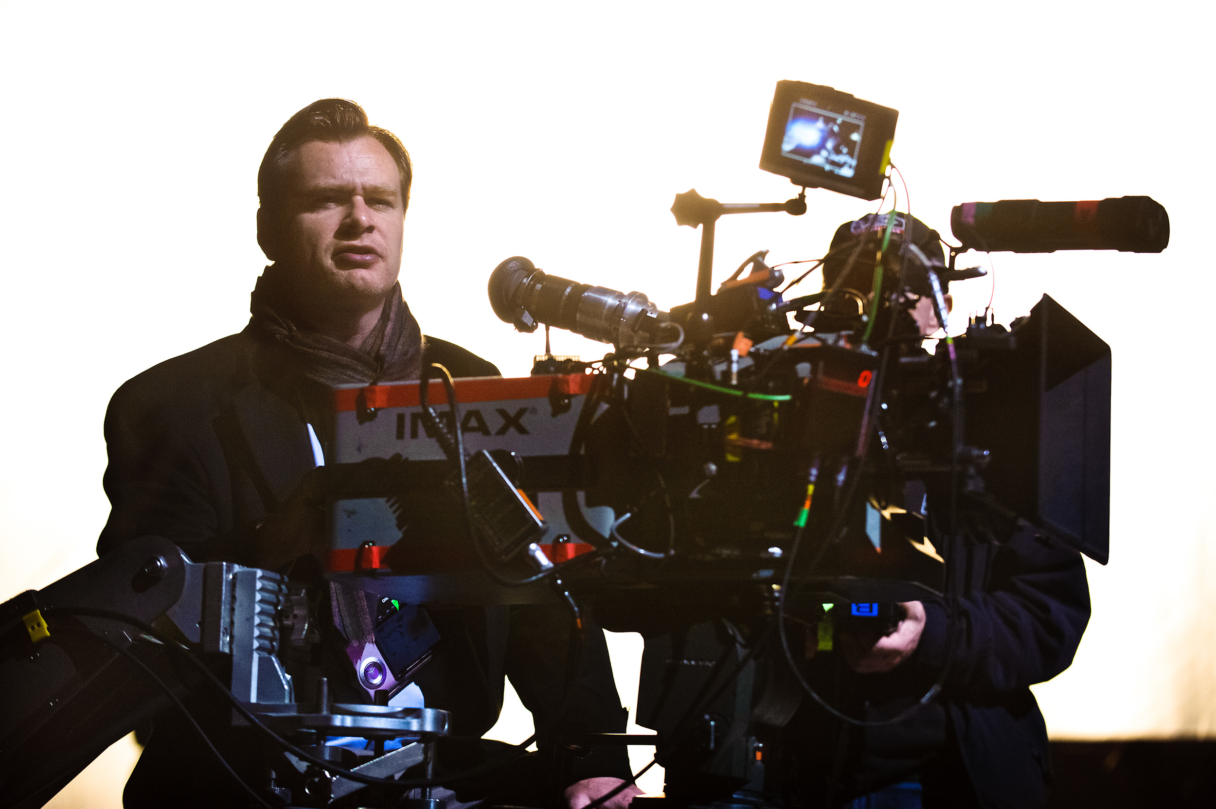 christopher-nolan-on-set.jpg