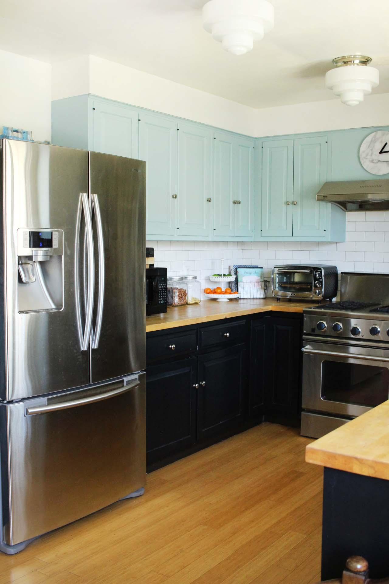 Zandra's Kitchen ... Waiting for its perfect Kilim