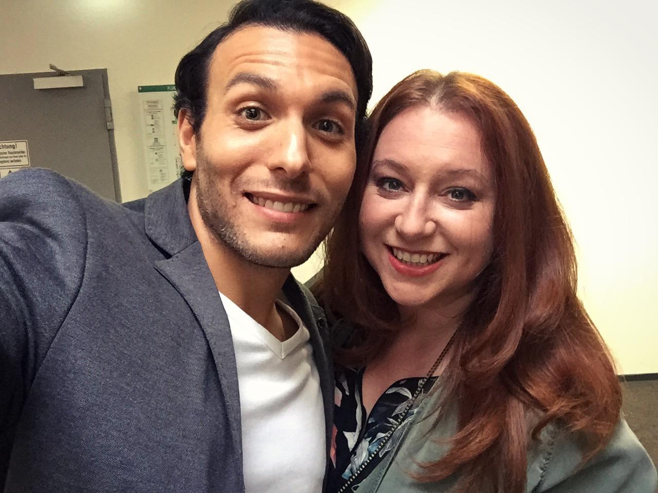 Angus on set with Rebecca Siemoneit-Barum (Iffy).