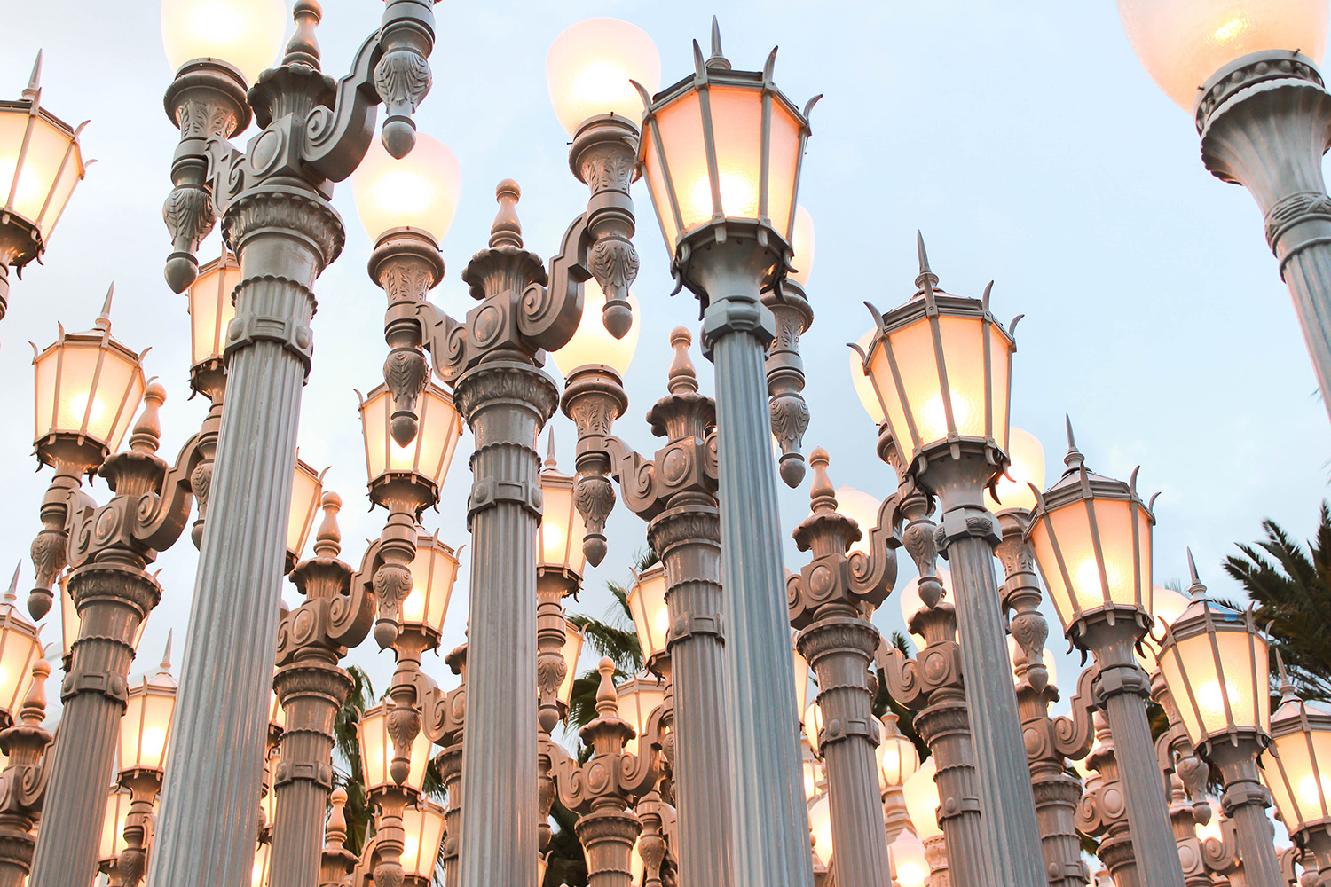 Urban Light at LACMA: contemporary art by Chris Burden - 202 restored cast iron street lamps - a blogger/photographer's paradise.
