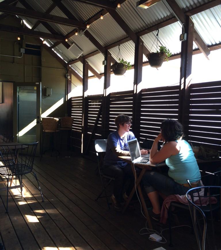 twentysix-cafe_06-768x870.jpg