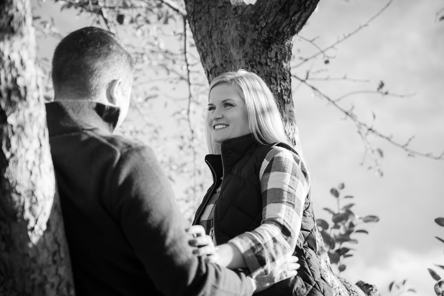 new-england-orchard-engagement-6