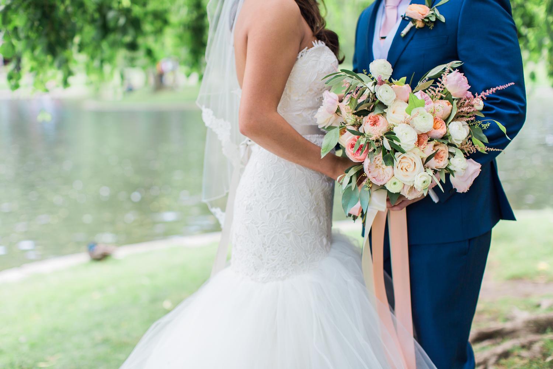 elm-bank-garden-wedding-first-look-3