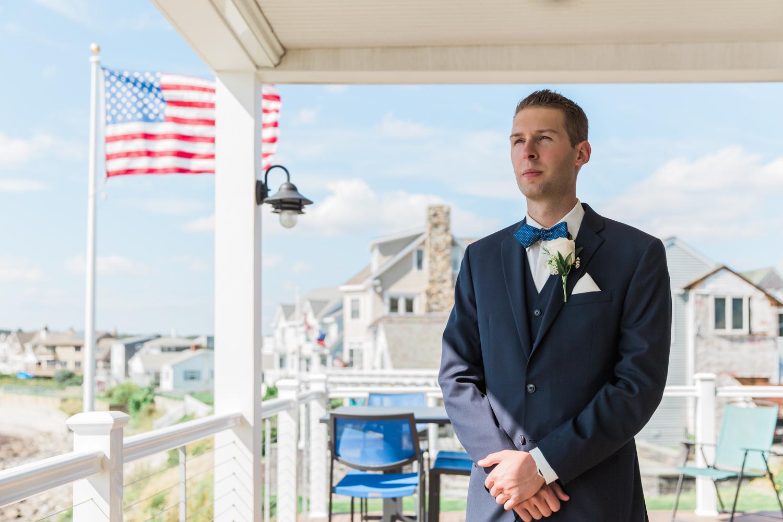newport-wedding-first-look