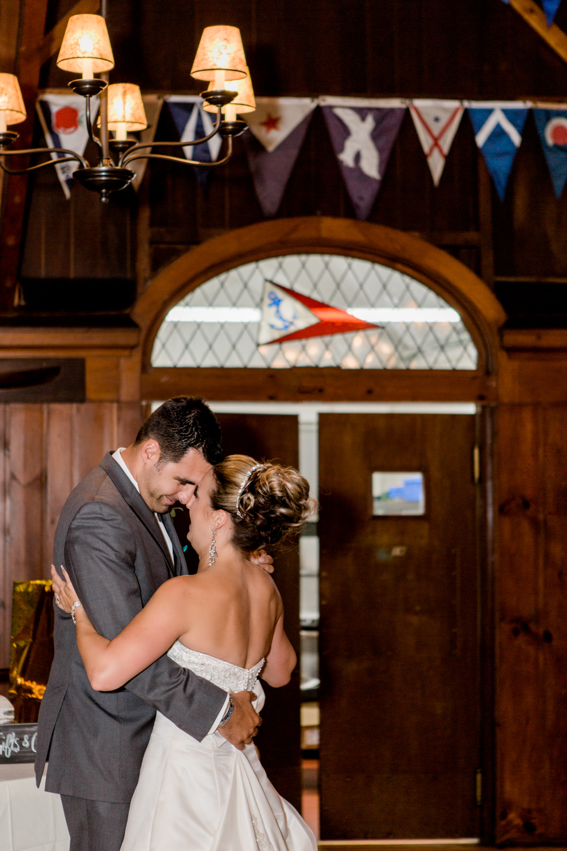 new-bedford-wedding-reception-first-dance