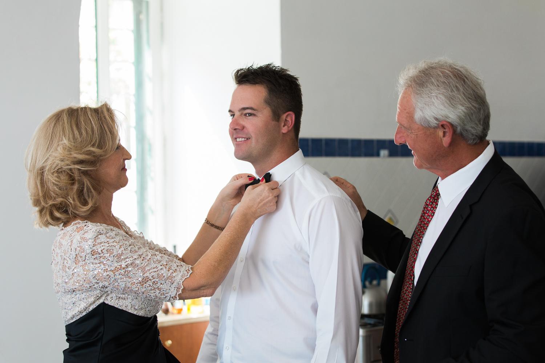 ravello-wedding-groom-getting-ready