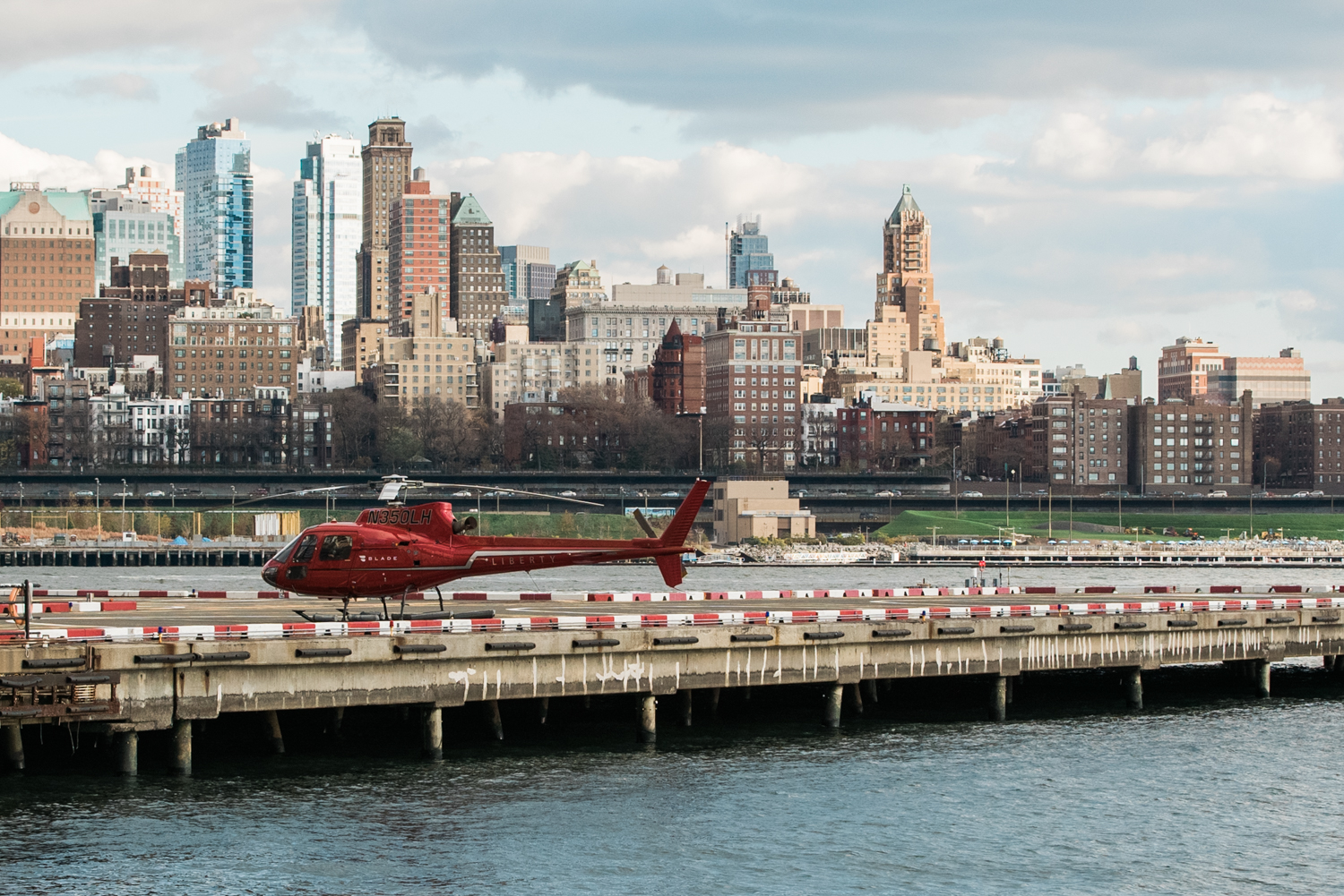 new-york-city-helicopter-wedding